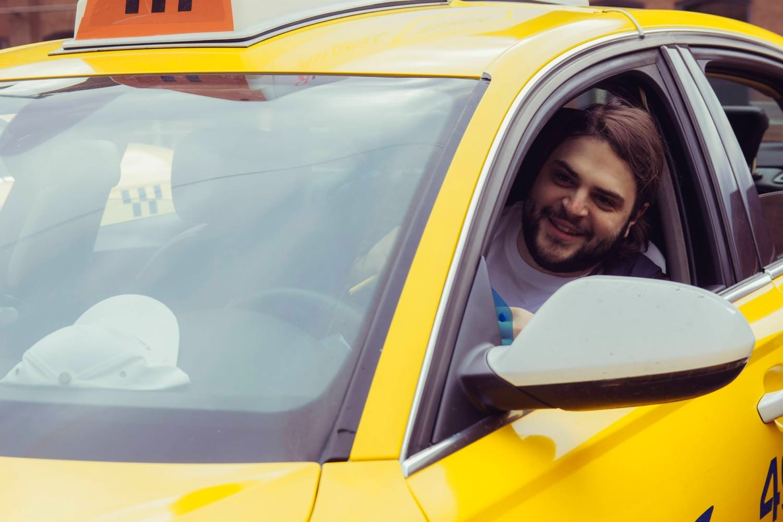 Условия для работы в яндекс такси